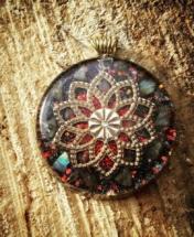 orognitový šperk, sowulo, orgonit, energie, šperk, orgone, orgonity,orgonit, labradorit, mandala