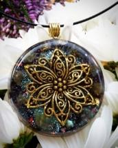 orognitový šperk, sowulo, orgonit, energie, šperk, orgone, orgonity,orgonit,, květina,labradorit