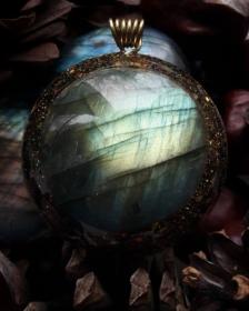 orognitový šperk, sowulo, orgonit, energie, šperk, orgone, orgonity,orgonit,, symbol,magický, labradorit