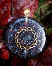 orognit, orgonitový šperk, orgonity, orgone, sowulo, orgonitový šperk, šperky, energie, harmonie, harmonizační, minerály, polodrahokamy, hematit