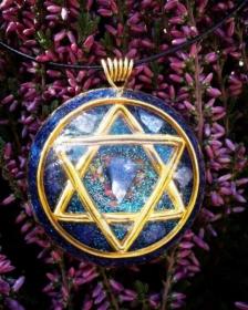 orgonit, orgonitový šperk, sri yantra, srí jantra, posvátná geometry, symbol, granát, energie, sowulo, šperky, náhrdelníky, alternativa, alternativní, léčivý, hexagram
