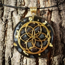 orgonit, orgonitový šperk, orgonity, fluorit, sowulo, energie, hamronie, ochrana, hamronizační šperky, pomocník, elektrosmog, šperky, talismany, náhrdelník, symboly,strom života, labradorit, anděl,andělský sen, růženín, fluorit, geometrie, posvátná geometrie, semeno života, květina života, symboly, tyrkenit, slunce, 24 karátů, zlato, hematit, labradorit, granát, hematit