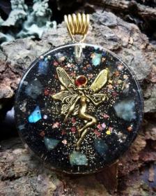 Orgonit, Orgonite, Orgone, orgonitový šperk, orgonitový přívěšek, strom života, orgonitový, posvátná geometrie, Tyrkys, květina života, čakry, energie, orgonite, semeno života, labradorit, víla